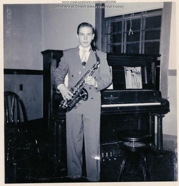 Randal White with his saxophone 1951