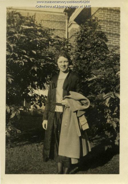 Agnes Mantor, Farmington, ca. 1917
