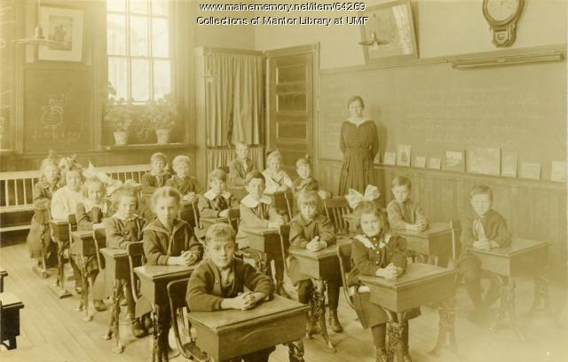 Model School Classroom, Farmington State Normal School, 1917