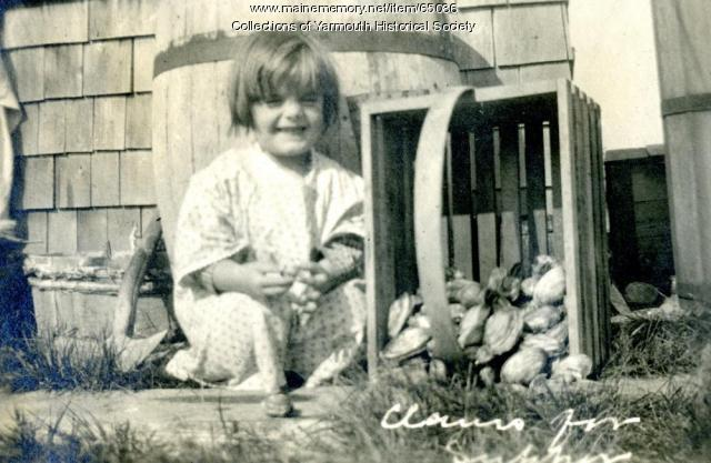 Clams for supper, Cousins Island, ca. 1920