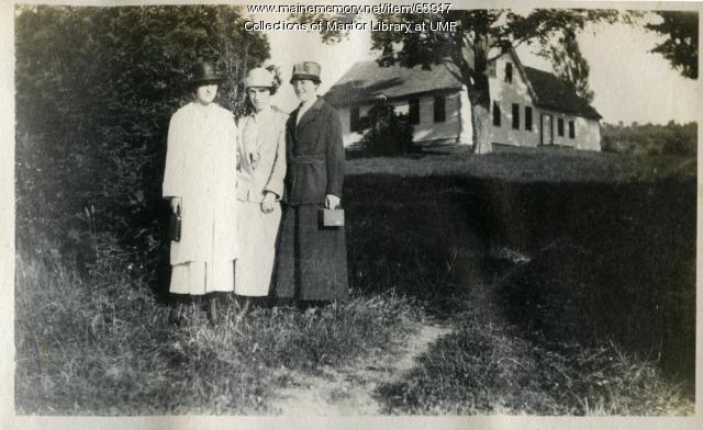 Farmington State Normal Students visit the Nordica Homestead, ca. 1917