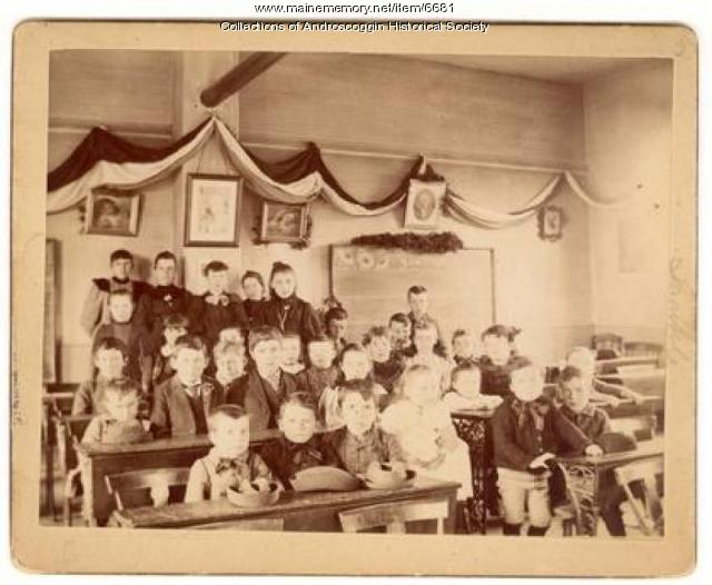 Children inside Danville Corner School