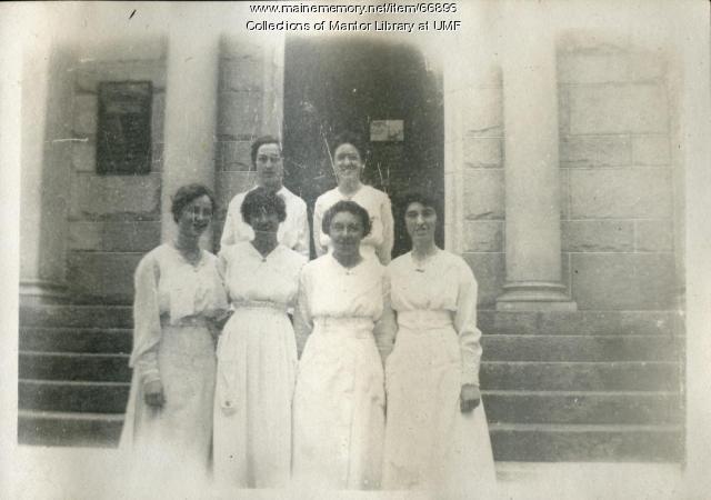 """""""Our Bunch"""" on Arbor Day, Farmington 1918"""