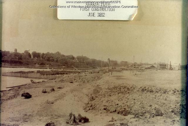 Dam construction, Hollingsworth & Whitney Mill, Winslow, 1892