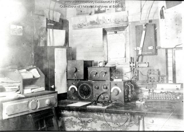 Otter Cliffs radio receiver,  1918