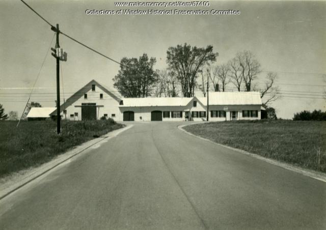 Dunbar family home, Dunbar Road, Winslow, ca. 1955