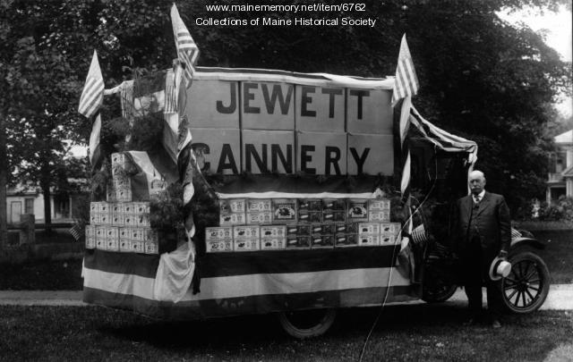 Jewett Cannery float, Norridgewock, ca. 1920