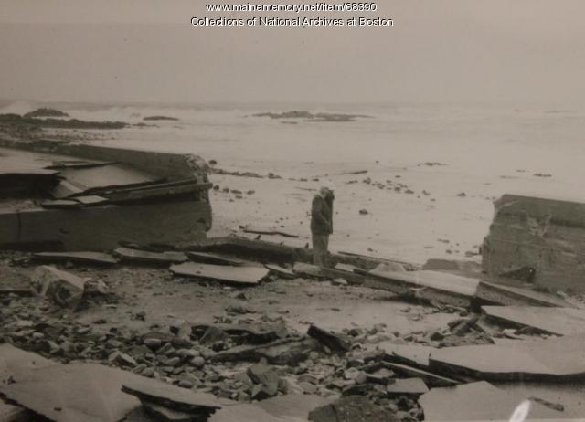 Kennebunk beachwall erosion, 1958