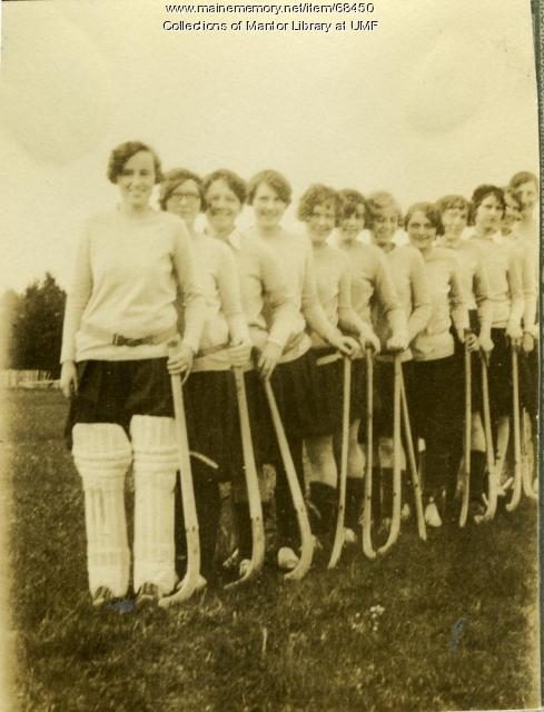 Field Hockey team, Farmington State Normal School, 1929