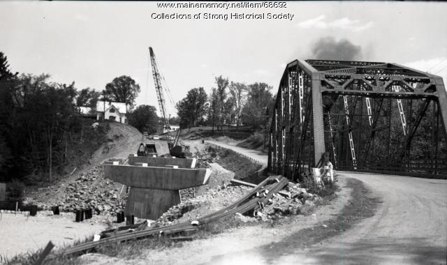 Tri-Span bridge under construction, Strong, 1965
