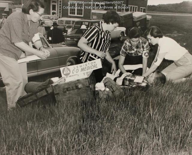 Greene Civil Defense first aid team, Auburn, 1957