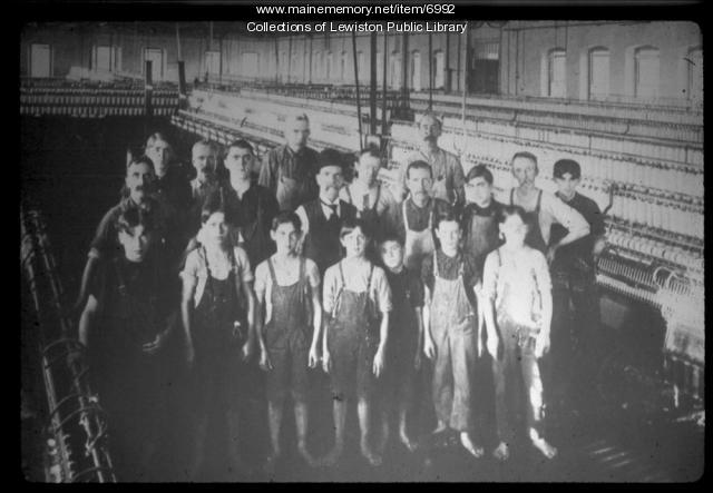 Mill workers, ca. 1900