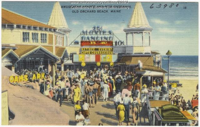 Entrance to the pier, Old Orchard Beach, ca. 1938