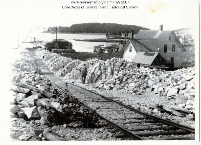 Quarry Hill to the wharf, Swan's Island, ca. 1900