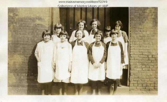 Cooking class, Manchester, New Hampshire, 1924