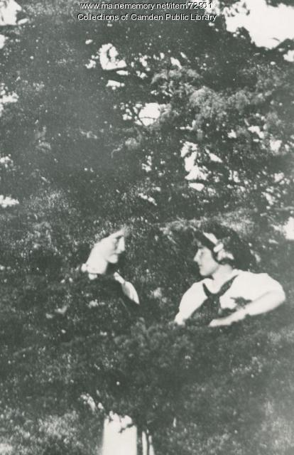Edna St. Vincent Millay, Ethel Knight, North Haven, 1911