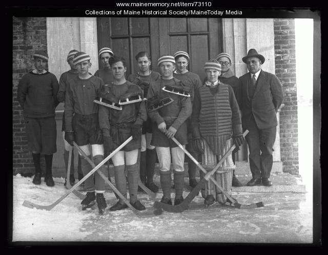 Deering High School hockey team, Portland, 1926