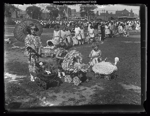 Baby carriage parade winners, Deering Oaks, 1924