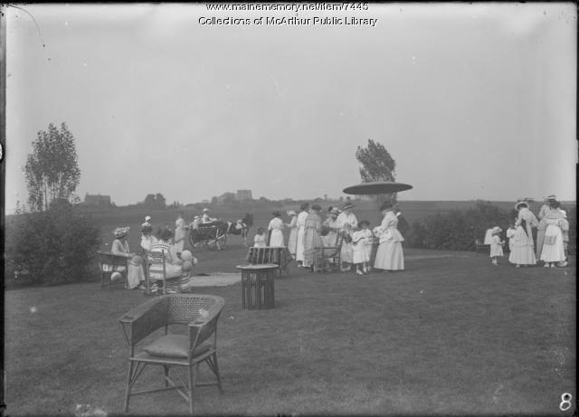 Children's party at Biddeford Pool, 1917