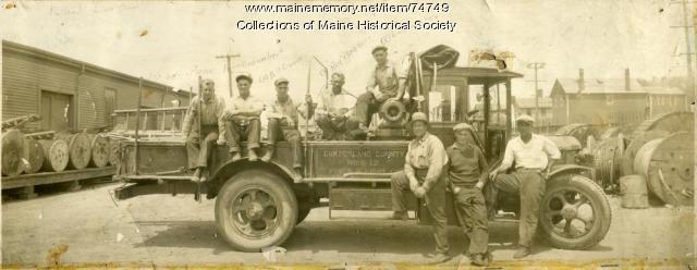 Cumberland County Power & Light crew, Portland, ca. 1915