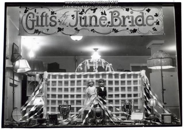June bride window display, ca. 1925