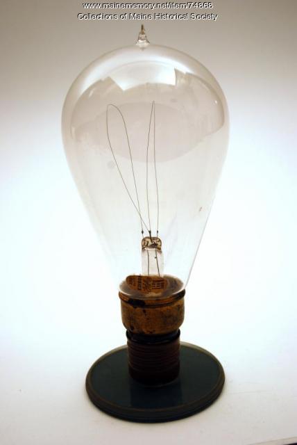 Metalized filament bulb, ca. 1904