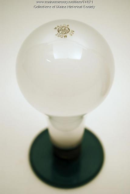 'Mazda' tungsten filament bulb, ca. 1935