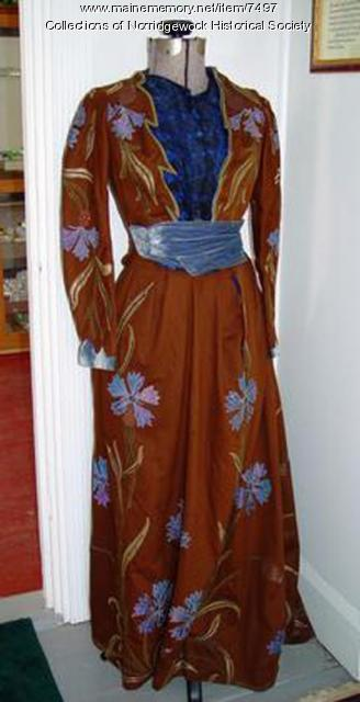 Alice Johnson gown, Norridgewock, ca. 1920