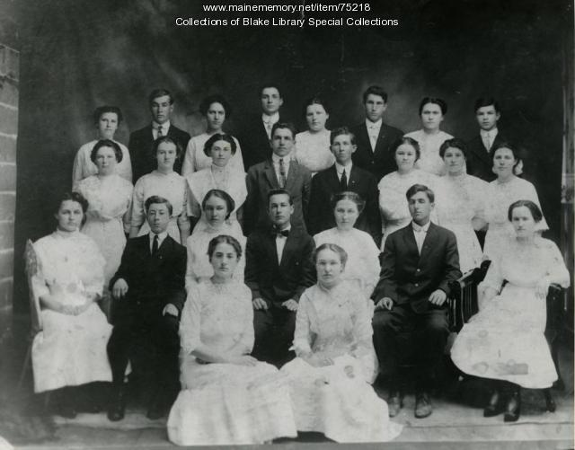 Madawaska Training School class photo, Fort Kent, 1912
