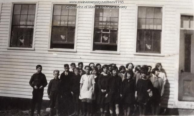 West Main Street School pupils, Yarmouth, ca. 1925