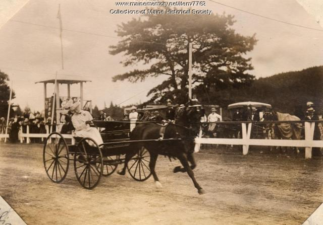 Light wagon class, Bar Harbor Horse Show, ca. 1910