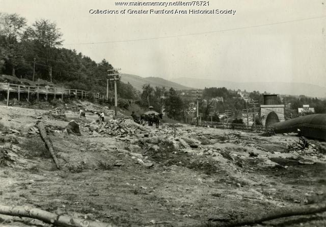 Preparation for Upper Dam, Rumford, 1916