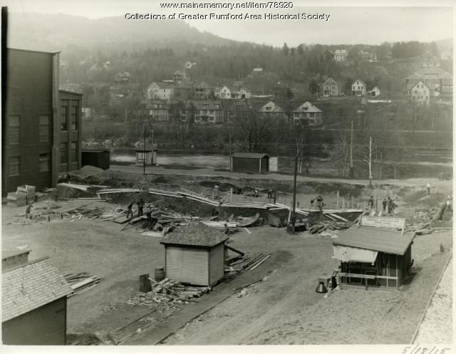 Construction of B Machine at Oxford Paper Company, Rumford, 1915