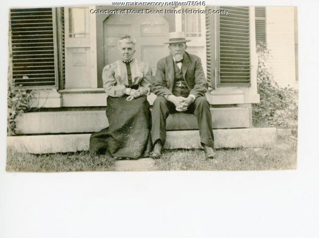 Emilie Clarissa Meynell Somes and Thaddeus Sheply Somes, Somesville, ca 1905
