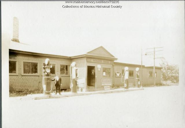 Richards Garage, River Road, Ridlonville, 1935