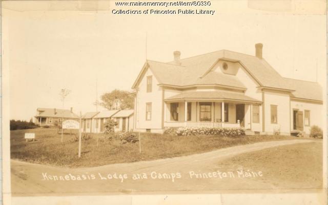 Kennebasis Lodge & Camps, Indian Township, ca. 1945