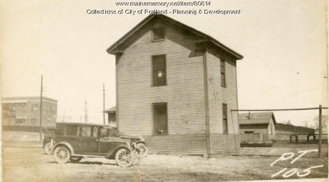 Engine House, Thompsons Point, Portland, 1924