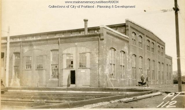 Car Repair Shop, Thompsons Point, Portland, 1924