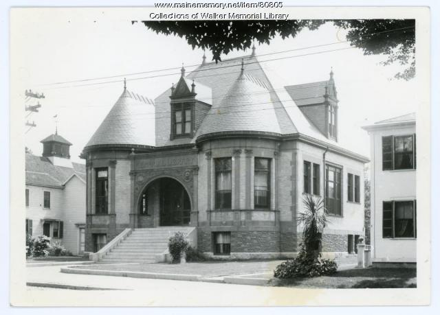 Walker Memorial Library, Westbrook, ca. 1940