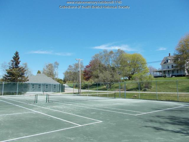 View across the CCIA tennis courts toward Holly Inn site, 2013