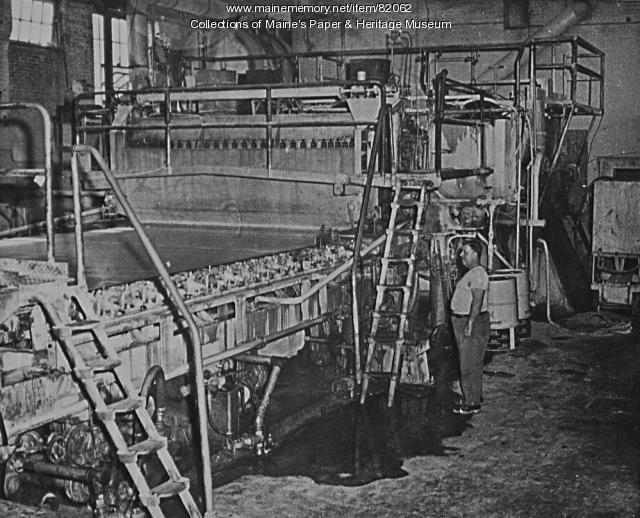 #1 paper machine, Otis Mill, Jay, ca. 1900
