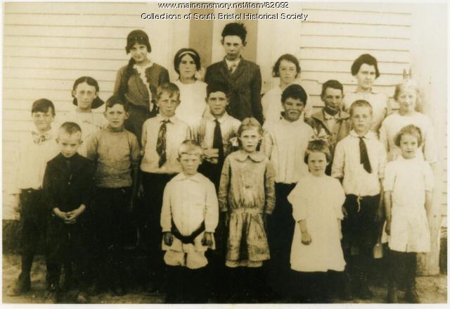 Gladstone School Students, South Bristol, 1915