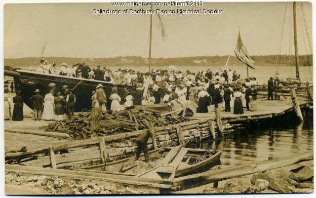 Schooner Elizabeth W. Nunan launch in East Boothbay, July 1908