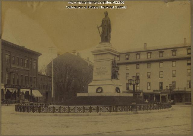 Soldiers and Sailors Monument, Portland, ca. 1900