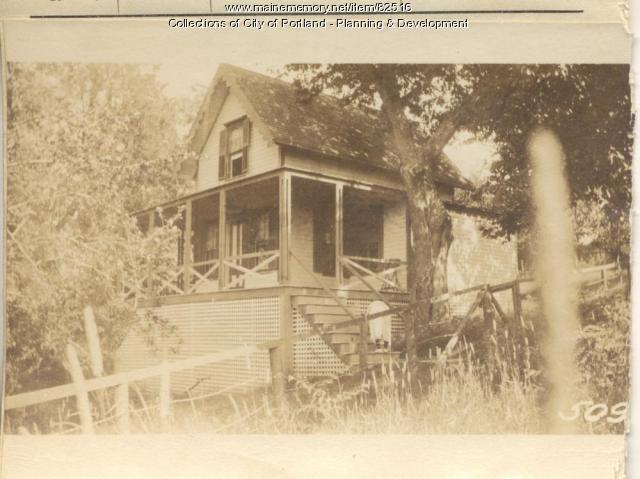 Burns property, Oaklawn Avenue, Peaks Island, Portland, 1924