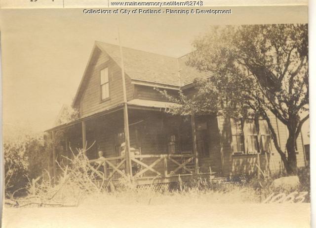 Braun property, W. Side Pleasant Avenue, Peaks Island, Portland, 1924