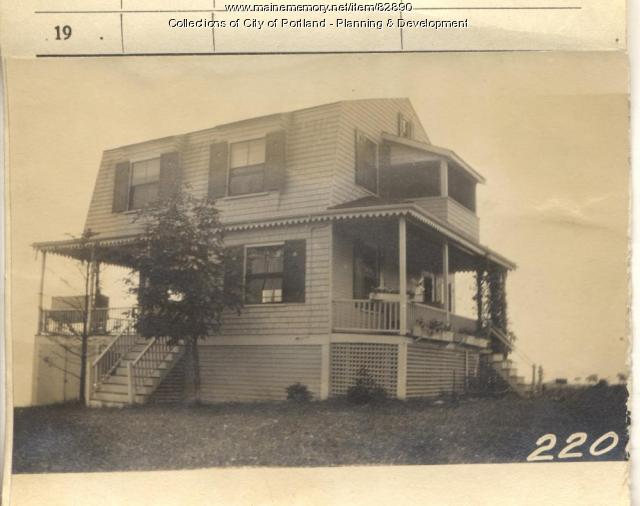 Bates property, Eight Maine Avenue, Peaks Island, Portland, 1924