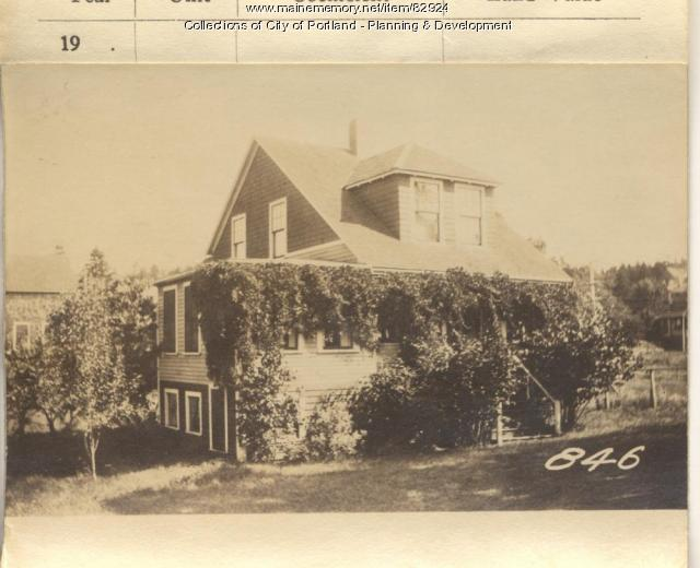 Clough property, 8th Maine Avenue, Peaks Island, Portland, 1924