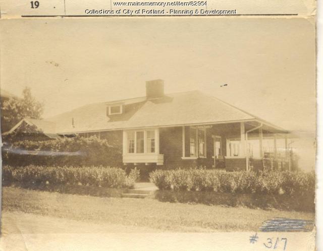 Crane property, S. Side Seeshore Avenue, Peaks Island, Portland, 1924