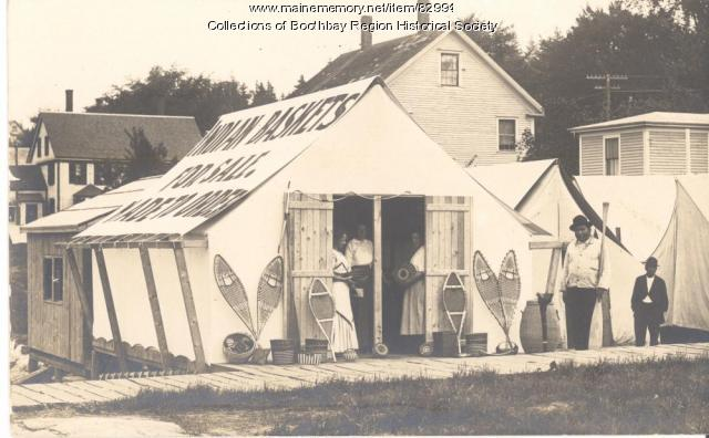 Indian basket makers' tent ca. 1915, Boothbay Harbor